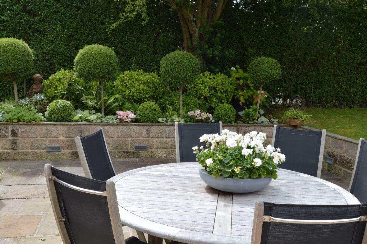 Thomas carlin landscaping gardening in harrogate for Garden design harrogate